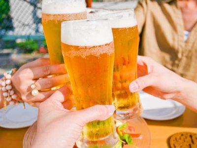 進むビール離れ!これからどうなる?ビール業界の景気動向や将来性